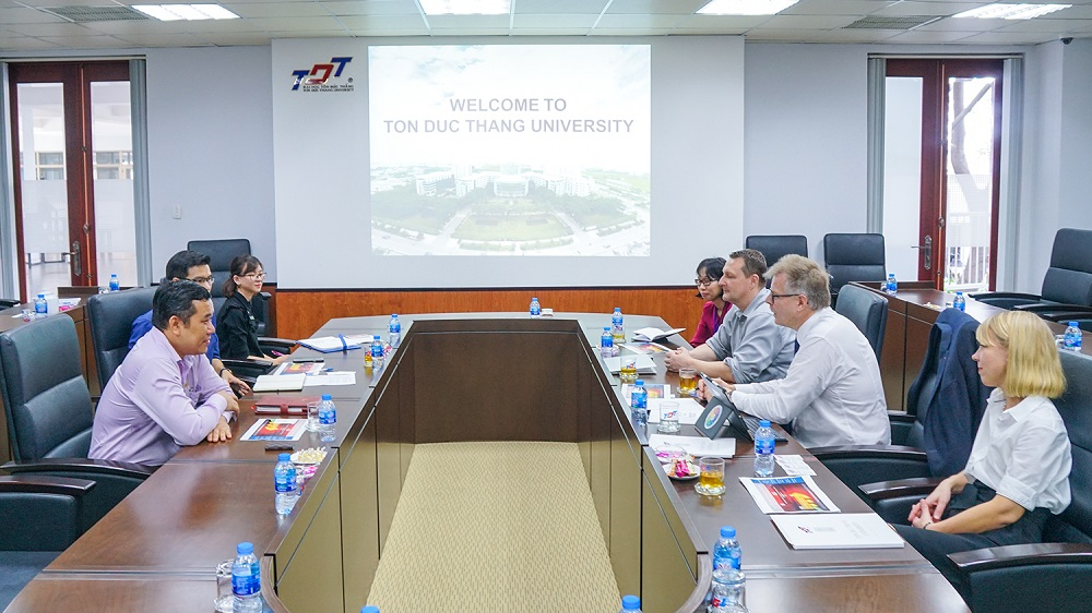University of Oulu visits and works with Ton Duc Thang