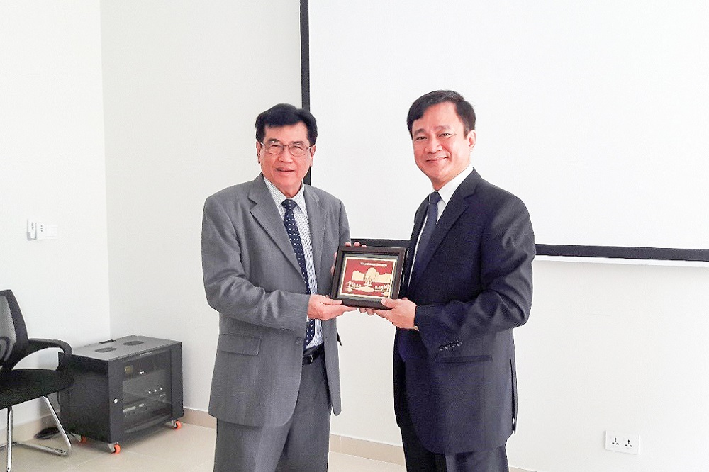 Ton Duc Thang University held a working visit with Ministry of Education, Youth and Sports of the Kingdom of Cambodia