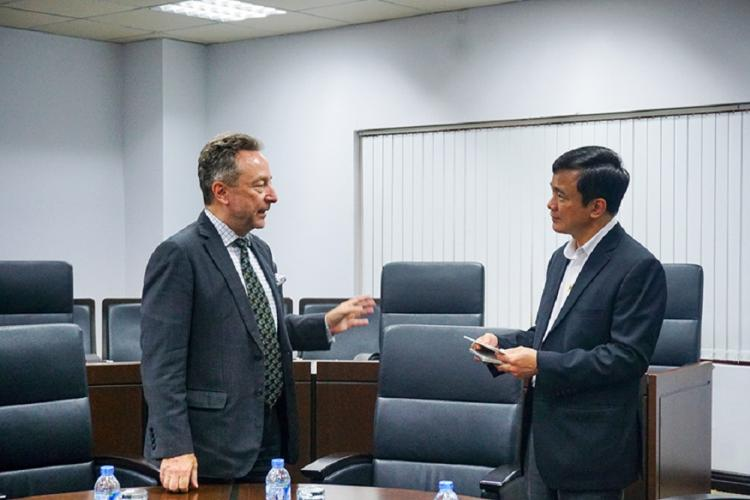 Charles University from Czech Republic visited and worked with Ton Duc Thang University